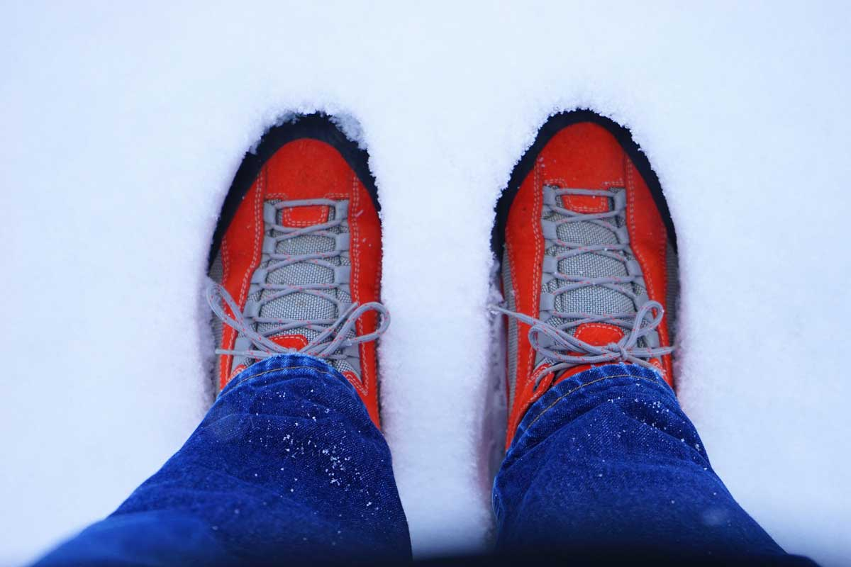 Cold feet in snow
